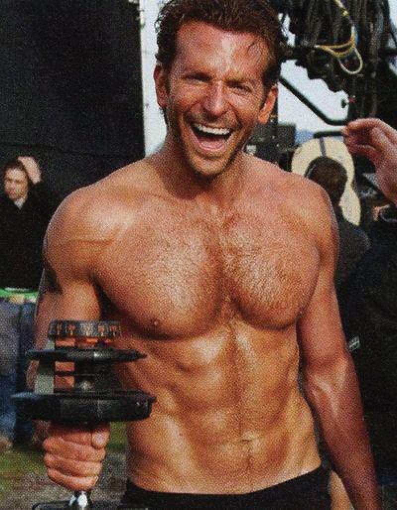 Bradley Cooper shirtless and tempting poses pix - Naked